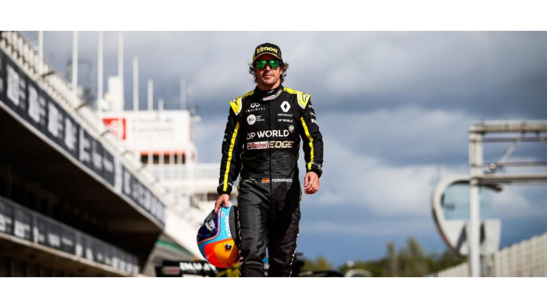 Renault takımı ile pistlere geri dönen Fernando Alonso görseli.