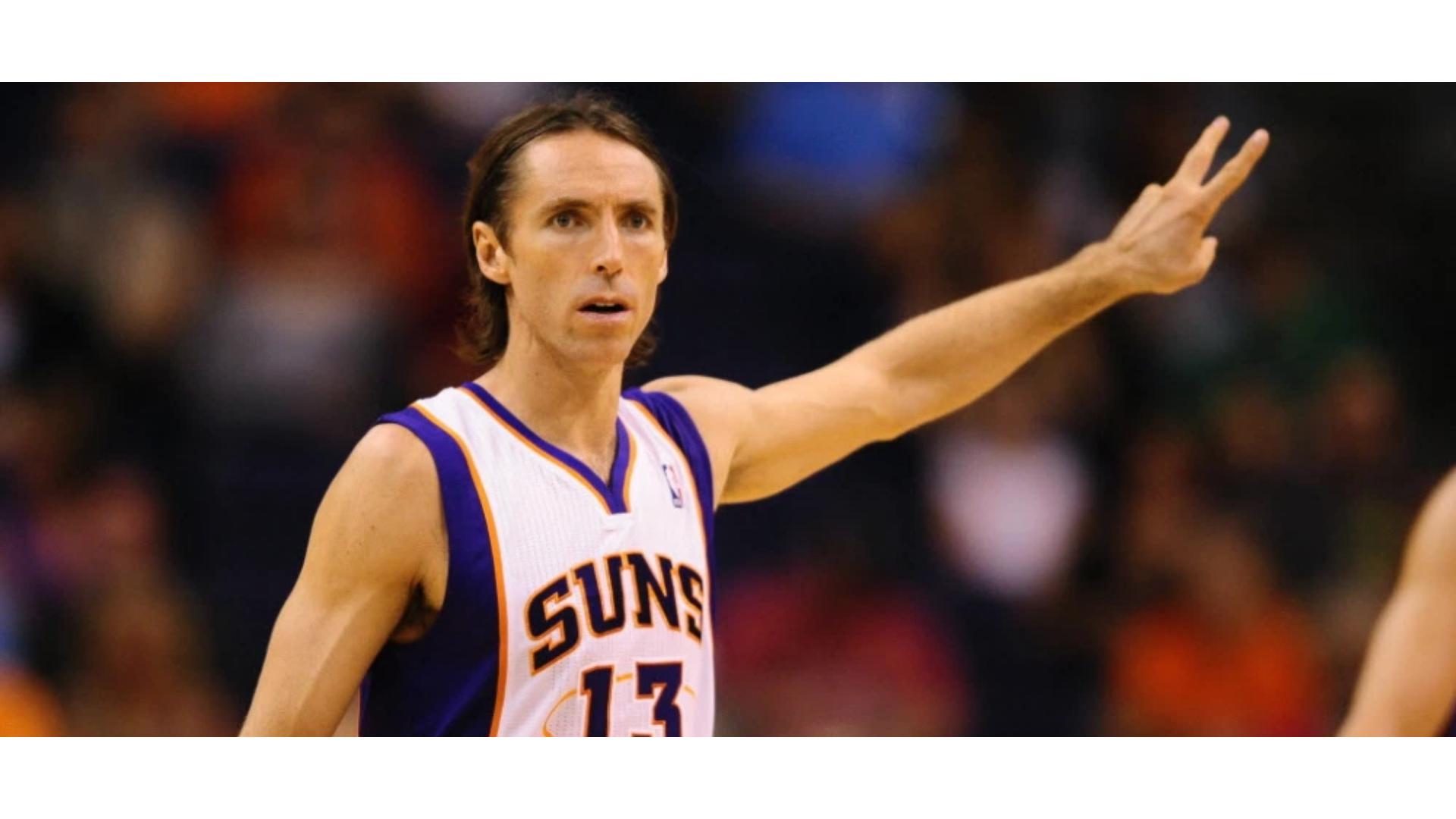 Suns forması giyen Steve Nash'in görseli.
