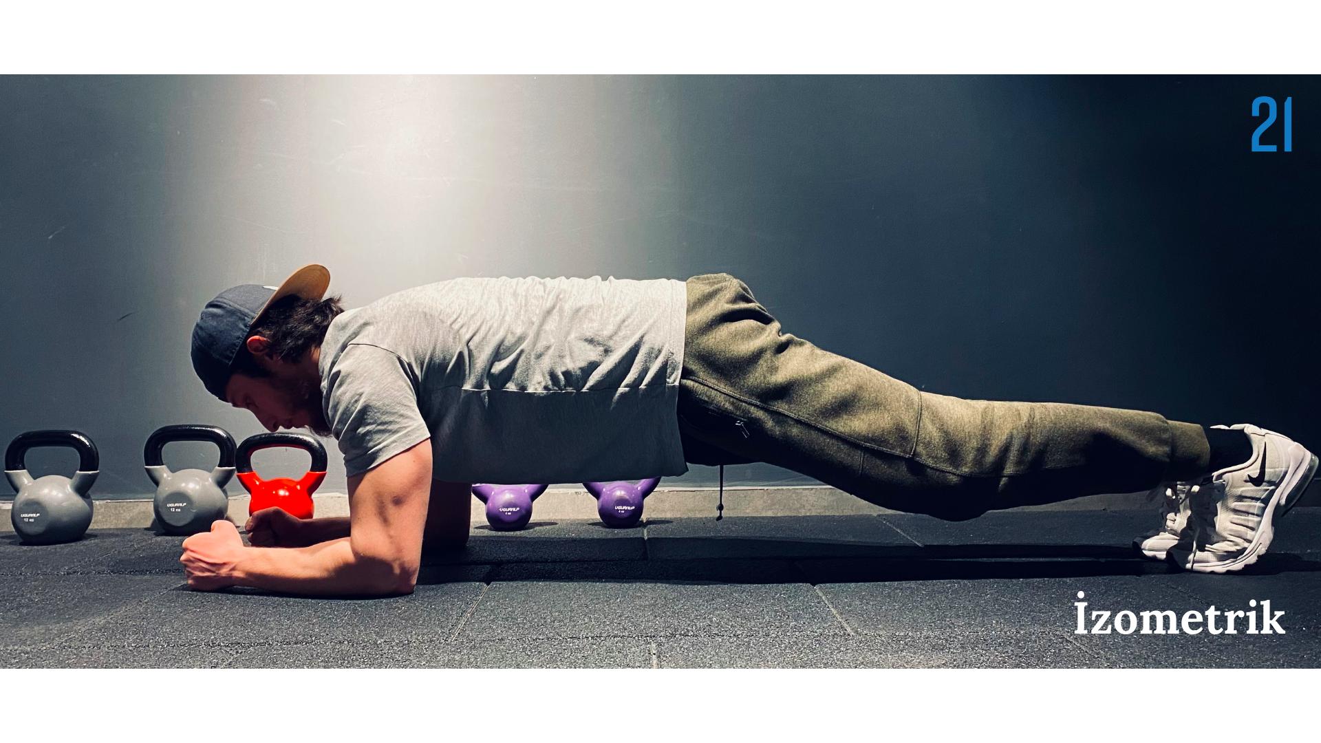 Plank pozisyonu almış birine ait bir görsel.