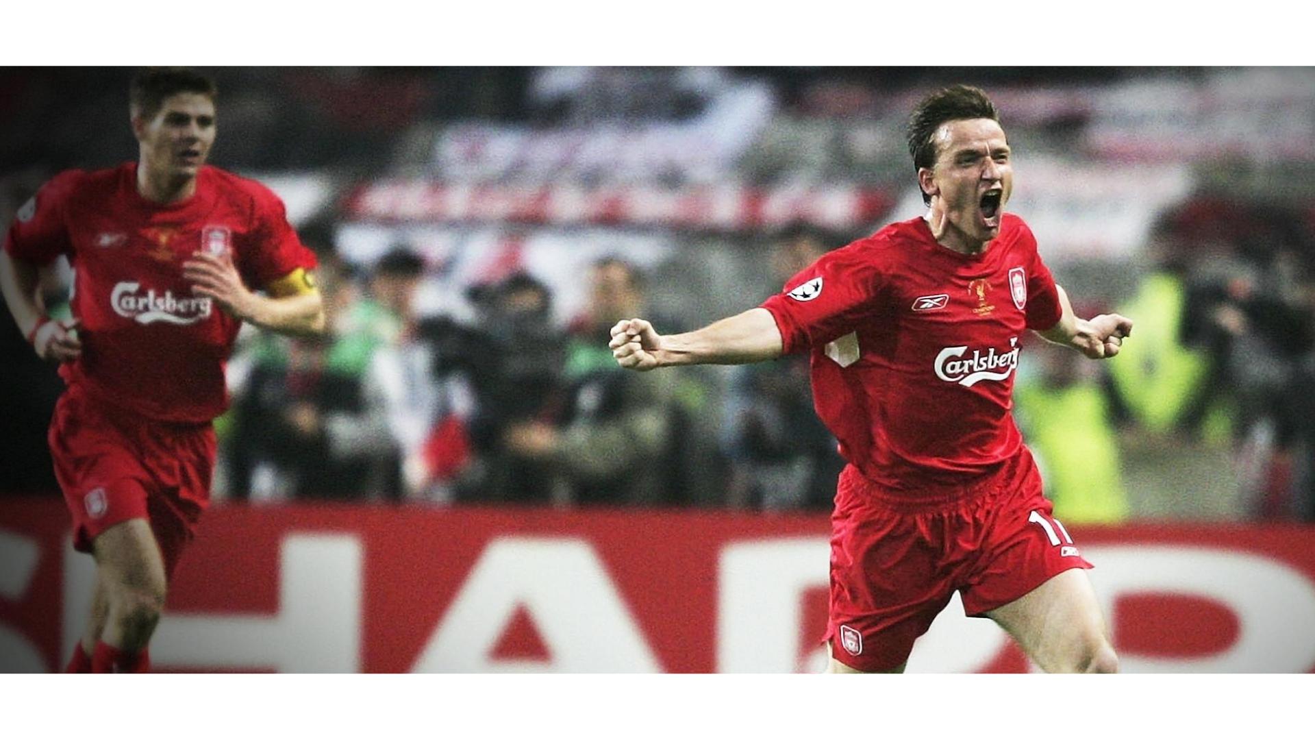 2005 şampiyonlar ligi finali esnasında yaşanılan gol sevincine ait bir görsel.
